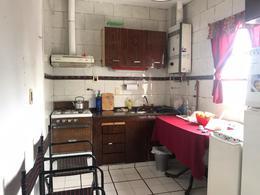 Foto Departamento en Venta en  Remedios De Escalada,  Lanús  Azoparardo al 100