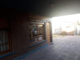 Foto Casa en Venta en  Temperley Oeste,  Temperley  Liniers al 800