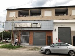 Foto Local en Alquiler en  Ezeiza ,  G.B.A. Zona Sur  PRAVAZ 810