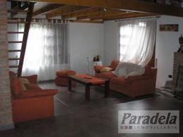 Foto Casa en Venta | Alquiler temporario en  Barrio Parque Leloir,  Ituzaingo  De la Espuela