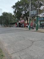 Foto Local en Venta en  Ituzaingó ,  G.B.A. Zona Oeste  La coyunda y del Lazo