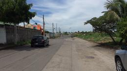 Foto Terreno en Venta en  Unidad habitacional Lomas de Rio Medio,  Veracruz  Dirección: Carretera Veracruz-Cardel Junto a Transportes Cuauhtemoc a 5 min del Recinto Portuario