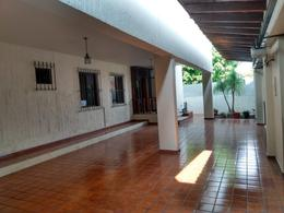 Foto Casa en Venta en  Jardines Vista Hermosa,  Colima  ALFONSO SIERRA 504/501