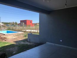 Foto Casa en Venta en  San Ramiro ,  Pilar Del Este  Venta Casa San Ramiro Lote perimetral