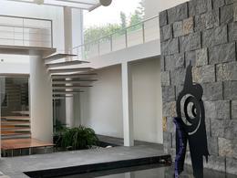 Foto Casa en Renta | Venta en  Valle de Bravo ,  Edo. de México  CASA EN VENTA/RENTA VALLE DE BRAVO