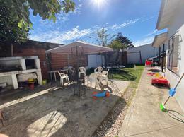 Foto Casa en Venta en  City Bell,  La Plata  476 Entre 14c y 15
