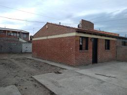 Foto Casa en Venta en  Trelew ,  Chubut  Tierra del Fuego al 900