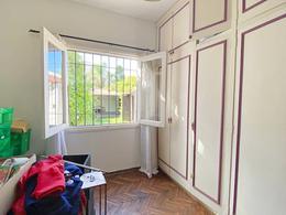 Foto Casa en Venta en  Carrasco ,  Montevideo  A pasos de la rambla