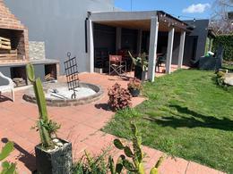 Foto Casa en Venta en  Villa España,  Berazategui  31 4644