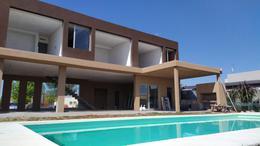 Foto Casa en Venta en  El Canton,  Countries/B.Cerrado (Escobar)          Barrio Islas al 200