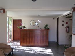 Foto Oficina en Renta en  Valle del Campestre,  León  Oficina en RENTA en Valle del Campestre con recepción, dos privados, baño