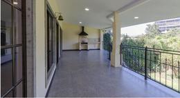 Foto Casa en Venta en  San Rafael,  Escazu  Casa en Laureles con 460 m2 de construcción / 770 m2 de terreno