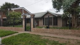 Foto Casa en Venta en  Villa Santos Tesei,  Hurlingham  Alemania 4984