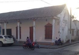 Foto Local en Venta en  Cosamaloapan de Carpio Centro,  Cosamaloapan de Carpio  Nicolas Bravo 111 entre Pino Suarez y Blvd. Miguel Aleman