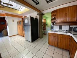 Foto Departamento en Renta en  Mata Redonda,  San José  Sabana Sur/ 3 habitaciones/ Con excelente ubicación/ Amueblado y equipado