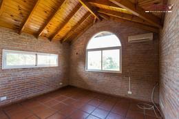 Foto Casa en Venta en  La Escondida,  Countries/B.Cerrado (Pilar)  La Escondida