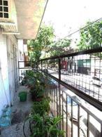 Foto PH en Venta en  Parque Patricios ,  Capital Federal  Rondeau  al 2400 PH.  3mb.c/ balcón. Terraza.. Sup. total   95,65m2.  Precio por m2.: usd 1400.