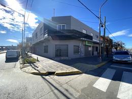 Foto Local en Alquiler en  Área Centro Sur,  Capital  SARMIENTO al 900