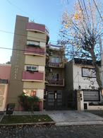 Foto Departamento en Venta en  Lomas de Zamora Oeste,  Lomas De Zamora  Castelli 737 2 D