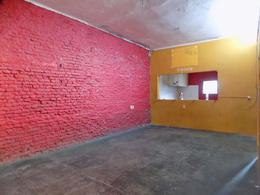 Foto Local en Venta | Alquiler en  Jacinto Vera ,  Montevideo  CARAGUATAY  Y LORENZO FERNANDEZ