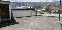 Foto Casa en Venta en  Centro de Ambato,  Ambato  Av Los Guaytambos03-266 y Chirimoyas