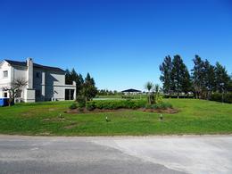 Foto Casa en Alquiler en  San Eliseo Golf & Country,  Countries/B.Cerrado (San Vicente)  Alquiler - Increíble casa amoblada en San Eliseo