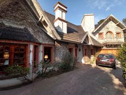 Foto Casa en Venta en  Guillon,  Monte Grande  al 600