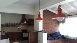 Foto Casa en Venta en  Adrogue,  Almirante Brown  SOMELLERA 1002, entre Rosales y Gral. Paz