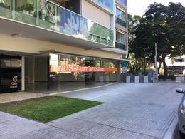 Foto Local en Alquiler en  Villa Biarritz ,  Montevideo  EXCELENTE UBICACIÓN. LOCAL COMERCIAL SOBRE CALLE PRINCIPAL EN PUNTA CARRETAS