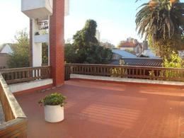 Foto Casa en Venta en  Los Troncos,  Mar Del Plata  Castelli 1035