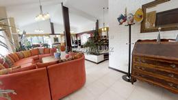 Foto Casa en Venta en  Lugano,  Punta del Este  Impecable y Espectacular Casa en Zona Lugano cerca del Shopping