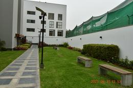 Foto Departamento en Venta en  Santiago de Surco,  Lima  Vendo flat 3 dormitorios - como extreno - Monterrico , Surco.
