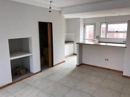 Foto Casa en Venta en  La Plata,  La Plata  Av. 38 y 132