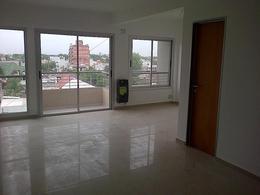 Foto Departamento en Venta en  Moron,  Moron  Belgrano al 900