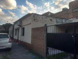 Foto Casa en Venta en  Hipodromo,  San Miguel De Tucumán  Av Benjamin Araoz al 1100