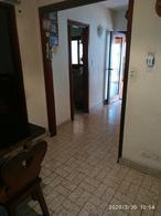 Foto Casa en Venta en  Munro,  Vicente Lopez  Sargento Cabral al 3300