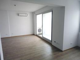Foto Departamento en Venta en  Monserrat,  Centro (Capital Federal)  Bernardo de Irigoyen al 600 - 3º piso -Edificio Facultad VII