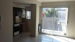 Foto Departamento en Alquiler en  Villa Luro ,  Capital Federal  Moreto al 100, entre Ramon Falcon y Rivadavia