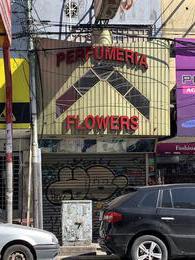 Foto Local en Alquiler en  Moron ,  G.B.A. Zona Oeste  25 de Mayo al 200