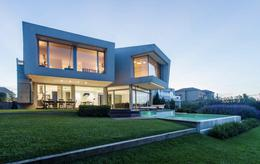 Foto Casa en Venta | Alquiler en  Los Castores,  Nordelta  Exclusiva Propiedad en Los Castores. Nordelta