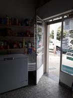 Foto Local en Alquiler en  La Plata ,  G.B.A. Zona Sur  66 y 136