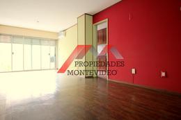 Foto Apartamento en Venta en  Centro (Montevideo),  Montevideo  Centro. Av 18 de julio al 900