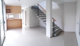 Foto Casa en Venta en  Arguello,  Cordoba   Villa Belgrano zona la Salle Housing