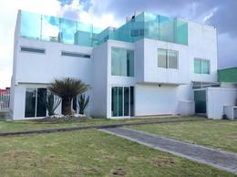 Foto Casa en Venta en  Toluca ,  Edo. de México  Casa en Renta en Ex-hacienda San Jose, Toluca
