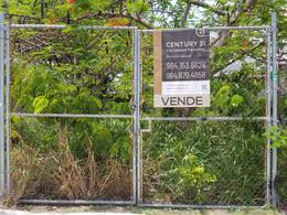 Foto Terreno en Venta en  Playa del Carmen,  Solidaridad  SE VENDE Excelente lote mixto comercial de 250 m2 sobre Av Constituyentes, Playa del Carmen P3196