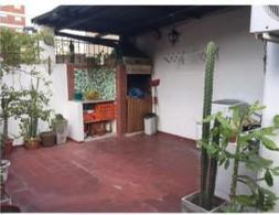Foto PH en Alquiler temporario en  Balvanera ,  Capital Federal  Hipolito Yrigoyen y Ecuador