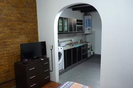 Foto thumbnail PH en Alquiler temporario en  San Telmo ,  Capital Federal  Balcarce al 1200