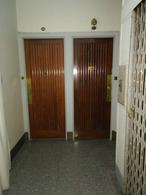 Foto Departamento en Venta en  Recoleta ,  Capital Federal  Montevideo al 1100