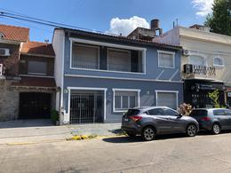 Foto Local en Alquiler | Venta en  Banfield,  Lomas De Zamora  French 192