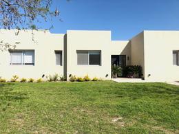 Foto Casa en Venta en  El Canton,  Countries/B.Cerrado (Escobar)  Barrio Puerto al 300